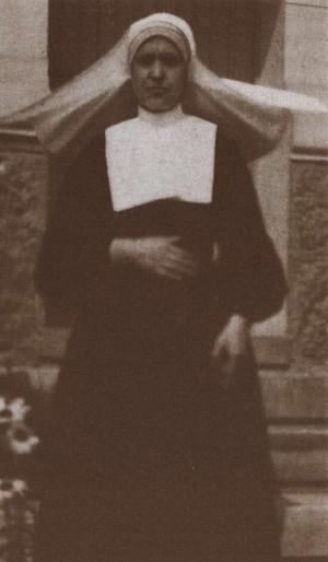Fotografía de la Beata Asunción Mayoral en su hábito de Hija de la Caridad.