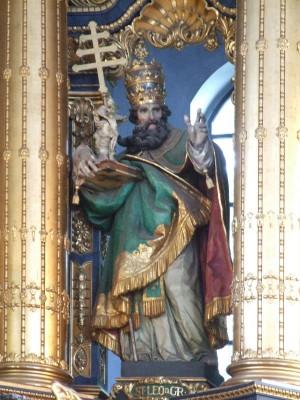 Escultura barroca del Santo en la basílica de Santa Ana de Altötting (Alemania).