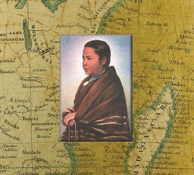 Estampa devocional de la Beata superpuesta sobre el mapa de su patria natal, Madagascar.