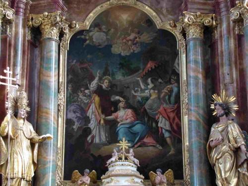 El Santo exorciza a Artemia, hija del emperador. Pintura de 1730, altar mayor de la iglesia abacial de San Ciríaco,  Altorf, Alsacia (Francia).