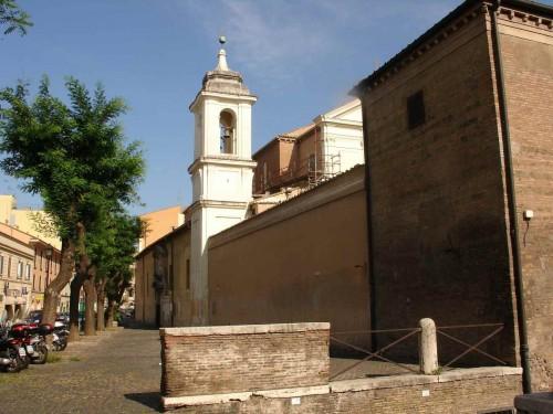 Vista actual de la fachada del templo.