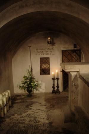 Tumba del Santo en la cripta de su basílica en Maastricht, Holanda.