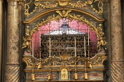 Sepulcro del Beato Amadeo IX de Saboya. Catedral de San Eusebio, Vercelli (Italia).