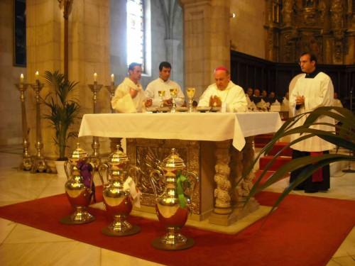 Misa crismal en Santander (España) en el año 2009.