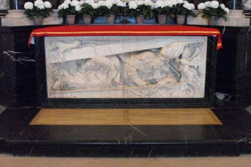 Detalle del sepulcro del Santo en la abadía de Fulda (Alemania).