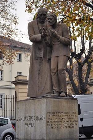 Monumento al Santo en Turín, Italia.