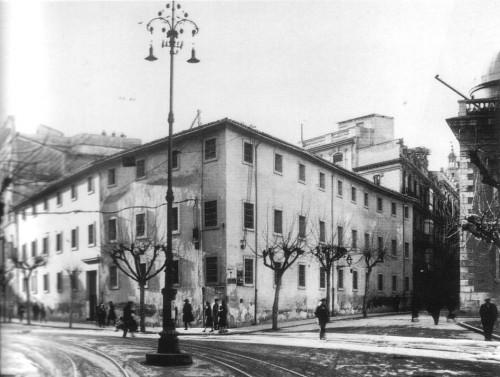 Colegio de la Presentación a finales del siglo XIX. Calle Pintor Sorolla, Valencia (España).