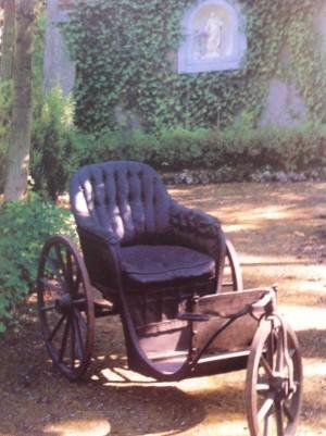 Silla de ruedas en la que el Beato pasó sus últimos años.