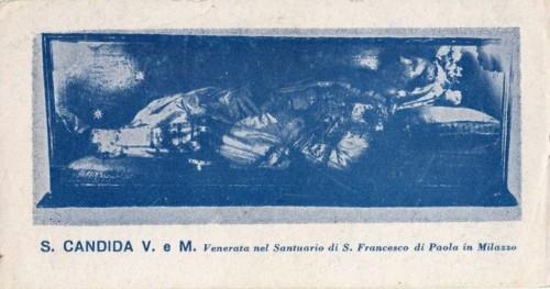 Antigua estampa de Santa Cándida, mártir de las catacumbas venerada en el Santuario de San Francisco de Paula, Milazzo (Italia).