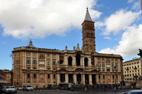 Fachada de la Basílica de Santa María la Mayor, Roma (Italia).