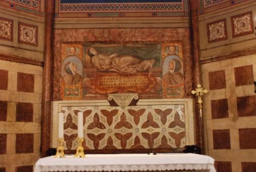 Vista del sepulcro de la Santa. Basílica de Santa Clara, Asís (Italia). Fuente: http://www.assisisantachiara.it/