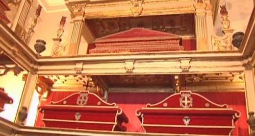 Urnas con los restos de los mártires. Iglesia de San Juan Bautista, Messina, Italia.