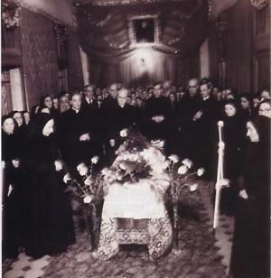 Exhumación de la Santa.