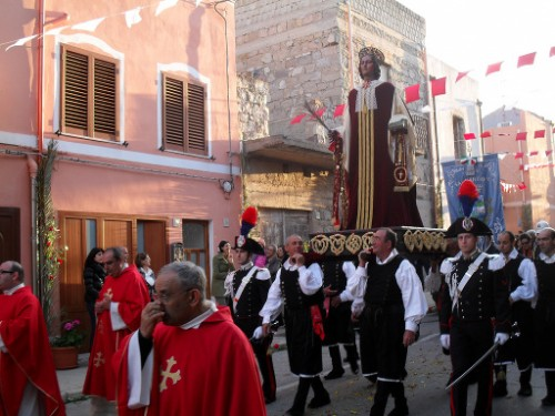 Procesión de San Antíoco de Sulcis en la localidad de Sant'Antioco (Italia).