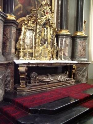 Tumba del santo en Friburgo (Suiza).