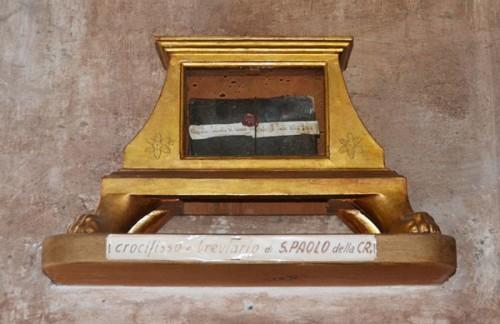 El crucifijo y el breviario del santo en el convento de Soriano nel Cimino.