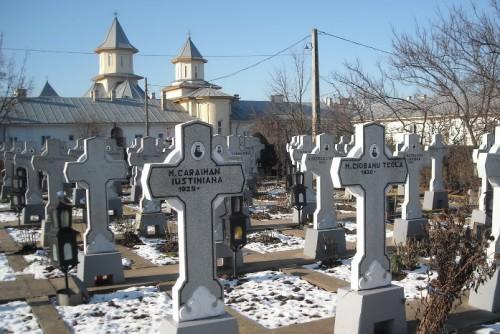 Cementerio donde está enterrada la madre Teodosia, en el monasterio Vladimiresti, Rumanía.