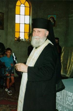 Fotografía del padre Juan Iovan, ya anciano, en Recea.