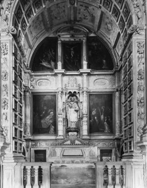 Tumba del santo en el monasterio de la Santa Cruz de Coimbra, Portugal.