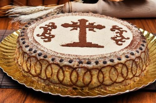 """""""Coliva"""", hecha con grano hervido y miel o azúcar, es el alimento consumido durante los réquiems, pero también  tomado frecuentemente durante el ayuno."""