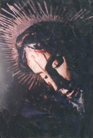Fotografía del rostro del Cristo de la Expiración que hizo famosa a la imagen del Cristo Olvidado.