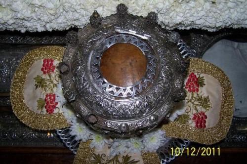 Cráneo del santo conservado en el monasterio.