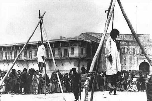 Armenios ejecutados en Constantinopla, junio de 1915.