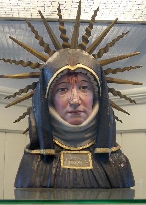 Busto-relicario de la Santa. Monasterio de Sankt Gall, Suiza.