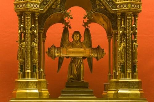 Relicario de la Sangre de Cristo en Neuvy-Saint-Sépulchre.