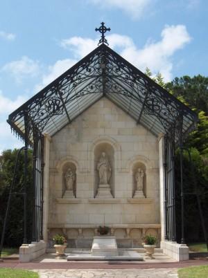 Vista del sepulcro del Beato.