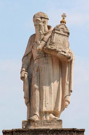 Escultura del santo en Wigry (Polonia).