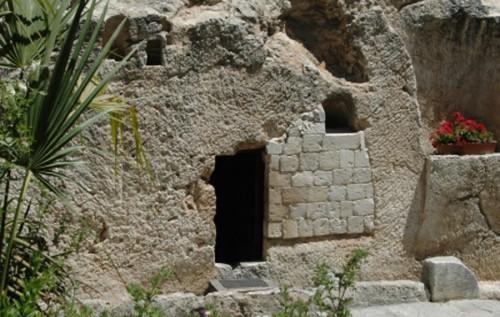 Entrada a la Tumba del Huerto en Jerusalén.