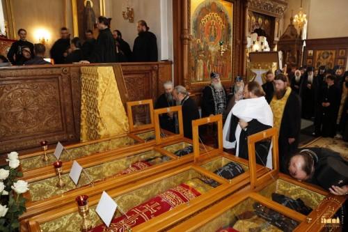 Santos sepultados en el Monasterio Svyatogorsky.