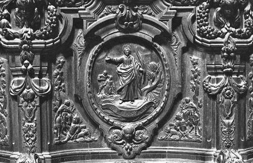 Detalle de San Anastasio en la sillería del coro de la catedral de Córdoba, España.