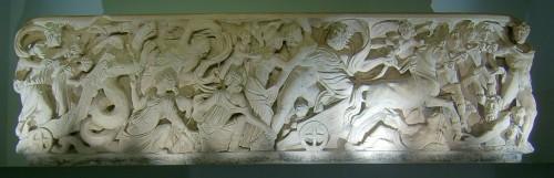 """El llamado """"Sarcófago de Perséfone"""" donde estuvo enterrado Carlomagno. Catedral de Aachen (Alemania)."""