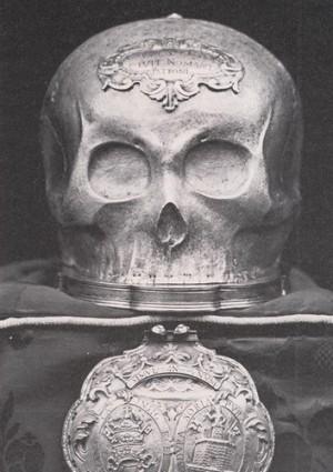 Cráneo de San Saturio.
