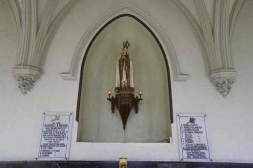 Lugar de enterramiento de los beatos Vicente Pastor y Eugenio García en el claustro de la Abadía.