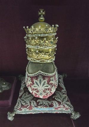 Cráneo de San Eleuterio papa. Múnich (Alemania).