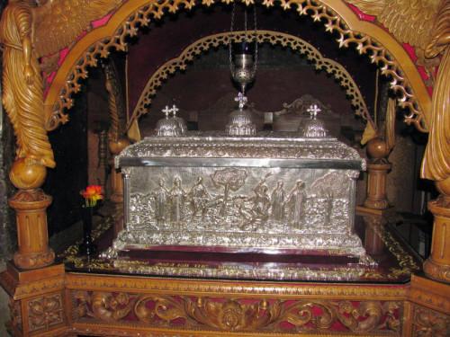 Relicario del resto del cuerpo. Monasterio de San Nicolás Varsón.