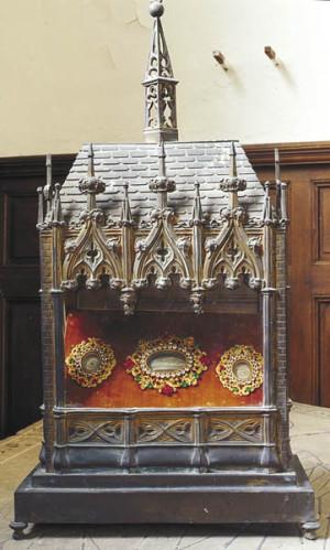 Reliquias del Santo veneradas en Vignely, Francia.