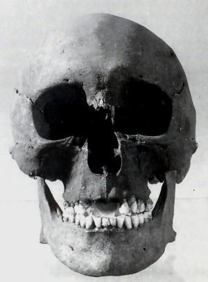 Cráneo del Santo.