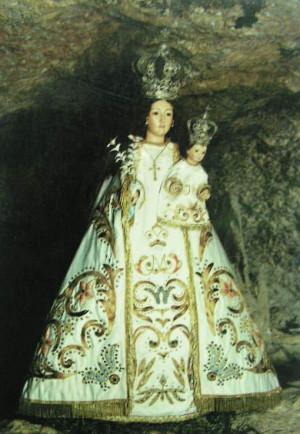 Imagen de la Virgen en su santuario de la Balma, Castellón (España).